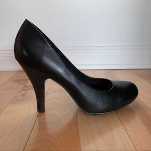 Host Pick ⭐️ Aldo black leather high heel shoes